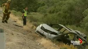 2 mothers, 4 children killed in California highway crash