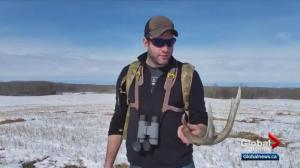 Oilers defenceman Eric Gryba spends spare time shed hunting
