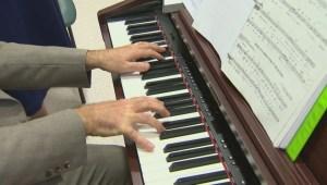 Rural Manitoba care homes get special musical visits