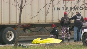 Raw video: Cyclist killed after collision with truck in Montreal