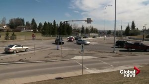 Residents want 'dangerous' Calgary intersection rebuilt