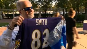 Huge turnout for Ray Rice jersey exchange