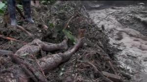 Raw video: Devastating mudslide kills dozens in Colombia