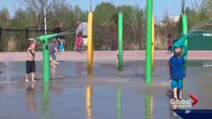 Edmontonians head outside to enjoy spring heat
