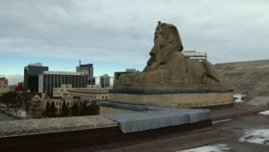 Manitoba Legislative Building tours spark major interest
