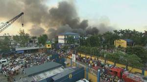 Huge blaze forces mass evacuation in Philippines