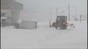 Raw video: Heavy snow wallops Michigan