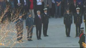 Prime Minister Harper pays his respects at War Memorial in Ottawa