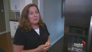 Frustrated fridge owner gets new appliance after Global News gets involved