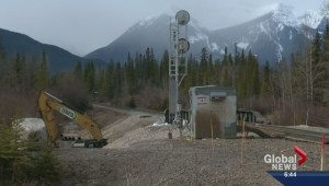 Railcar cleanup continues in Banff