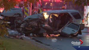 Calgary police suspect alcohol involved in head-on crash that sends 2 to hospital