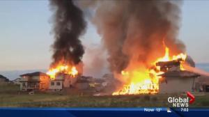 Fire consumes several new homes in Calmar