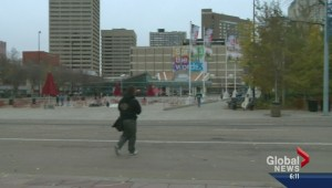 Push to ban smoking in Churchill Square