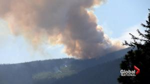 Smoke from raging B.C. wildfires covers Vancouver-area in smoke