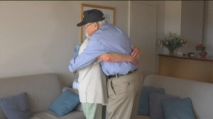 US WWII vet reunites with wartime girlfriend in Australia