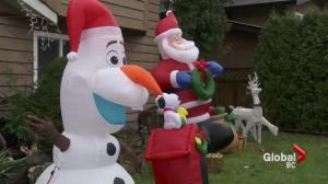 Vandals trash Christmas decorations in Pitt Meadows