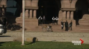 No plans to arm guards at Queen's Park in the wake of Ottawa shooting