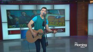 "Josh Bogert performs his hit song ""Run 2 You"""