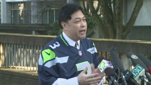 Vancouver city councillor dons Seahawks jersey