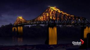 Jacques-Cartier Bridge illuminated