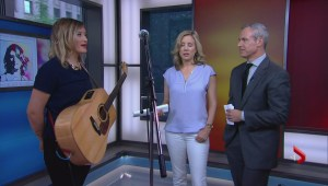 Beth Moore on second album, performs live in studio