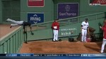 Cleveland's Austin Jackson makes a jaw-dropping catch to deny a home run