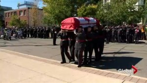 Funeral for former Toronto police chief draws hundreds