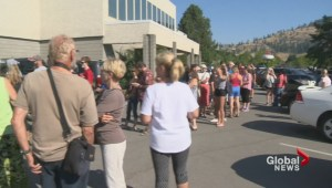 Thousands in Kelowna turn out to see the moon take a bite out of the sun
