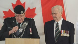 Okanagan vet recalls 'Wait for Me, Daddy' photo during Legion of Honour ceremony
