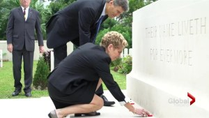 Kathleen Wynne attends Remembrance Day ceremony in Hong Kong