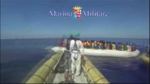 Raw video: Italian navy rescues thousands more migrants at sea