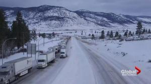 B.C. weather forces hundreds of travellers to spend night on highway