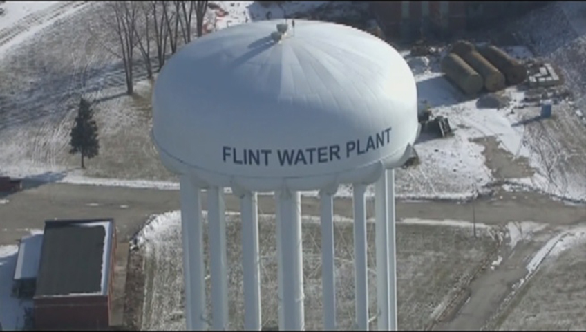 Gov. Snyder: Clinton politicizing Flint's water crisis