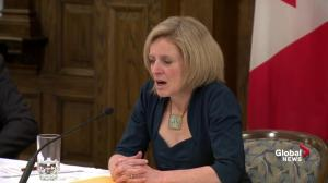 Keystone, Kinder Morgan, Energy East pipelines will reduce costs: Notley
