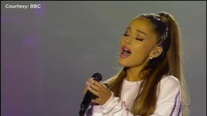 Ariana Grande Wraps Up One Love Manchester Concert With Emotional Performance Of Over The Rainbow