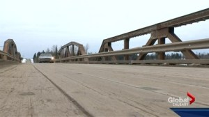 Residents fight to save James River Bridge from closure