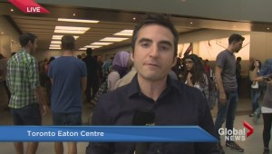 iPhone 6S launches, sleepy customers first to purchase