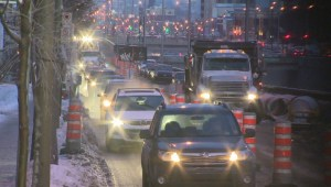 Raw Video: Traffic on Decarie