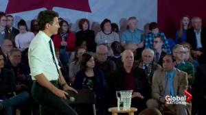 Prime Minister defends decision to answer questions only in French at town hall in Québec