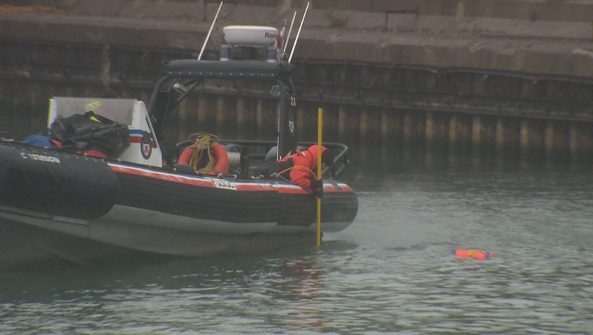 Car, body recovered from Lake Ontario in Toronto
