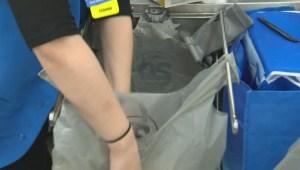 Victoria moving towards plastic bag ban