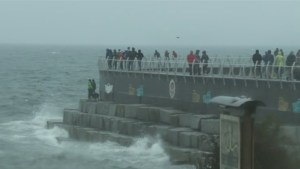 Vancouver Island hit by waves