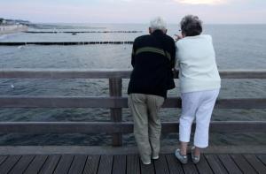 Smart Money: Does renting make sense for seniors?