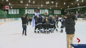 Huskies women's hockey makes history