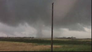 More incredible amateur video of the Tornado which touched down in Manitoba