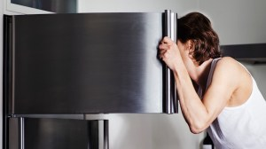 6 signs that suggests the food in your freezer has gone bad