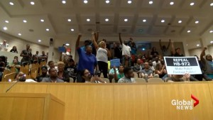 Charlotte residents blast City Council in protest of Keith Lamont Scott shooting