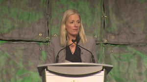 Catherine McKenna outlines plans for Canadian climate change