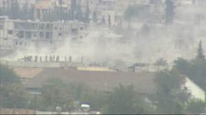 Raw Video: Heavy fighting erupts in Kobani, Syria again
