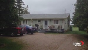 Mike Duffy holed up in PEI home he allegedly never used